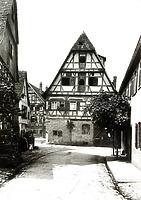 Ansicht gegen Nordwest, nach Verlegen des Kellerabgangs in das Gebäude / Wohnhaus in 74354 Besigheim (01.04.2016 - Archiv Stadt Besigheim)