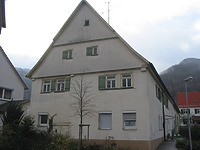 Ansicht des Wohngebäudes von Osten / ehem. Zehntscheune in 73252 Lenningen, Oberlenningen