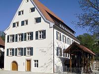 ehem. Frick-Mühle in 79379 Müllheim (http://www.muellheim-touristik.de/var/muellheim/storage/images/media/bilder/altstadt-und-gebaeude/frick-muehle/3507-1-ger-DE/frick-muehle_my_xlarge.jpg, letzter Zugriff 11.11.2014)