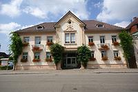 Ansicht von der Hauptstraße / sog. Torhaus in 79336 Herbolzheim (28.06.2009 - http://www.herbolzheim.de/,Lde/startseite/Stadt+_+Stadtteile/Torhaus.html, abgerufen am 4.11.2014)